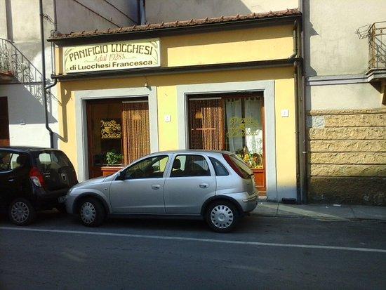 Castiglione di Garfagnana, Italia: de  lekkere eenvoudige bakker