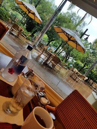 islands dining room at loews royal pacific resort 20160902_103731_largejpg