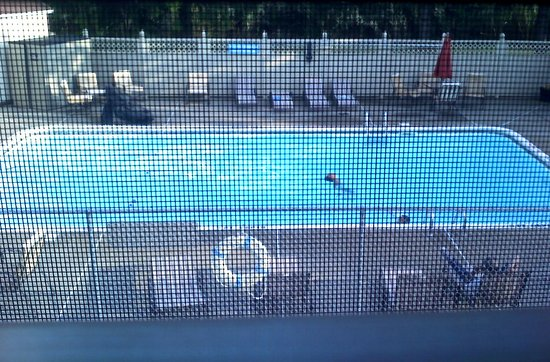 Herkimer, estado de Nueva York: Very nice and clean pool right outside.