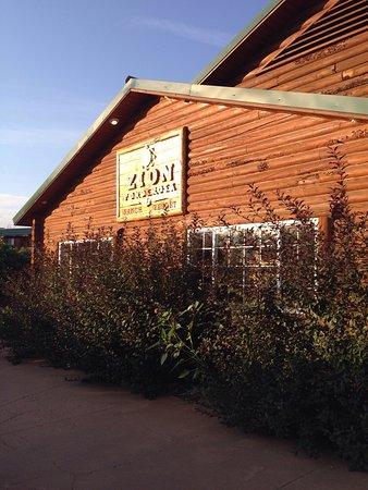 Zion Ponderosa Ranch Resort: photo1.jpg