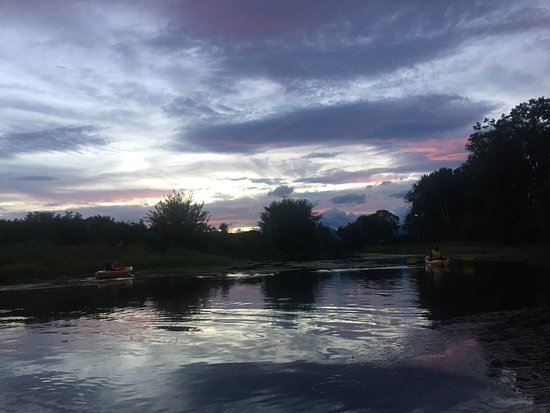 The Old Saco Inn: Evening canoe trip using hotel canoes