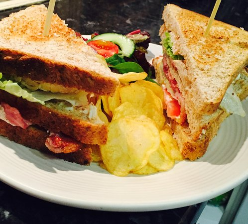 Lawrie's Bistro and Coffee House: Sandwich