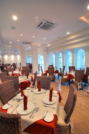"Camino Real Manzanillo: Restaurante ""Azulejos"""