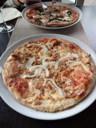 Lautzenhausen, Germany: Leckere Pizza! :-)