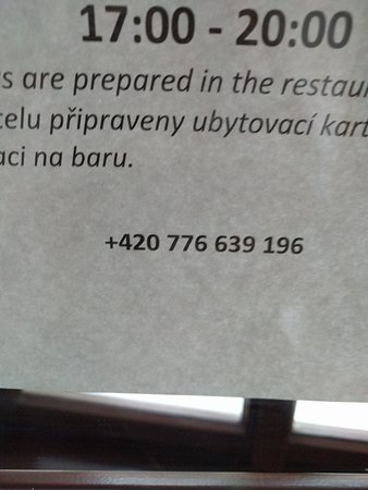 Hotel Restaurant Darwin : this is the sign posted on the door
