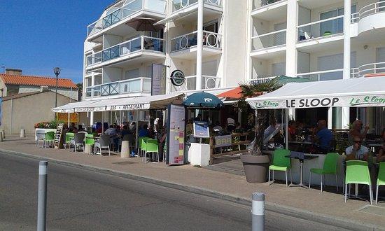 Le sloop jard sur mer rue du commandant guilbaud for Jard sur mer restaurant