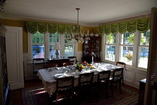 Dutch Colonial Inn Foto