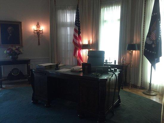 Recreation of LBJ Oval Office desk area Picture of LBJ