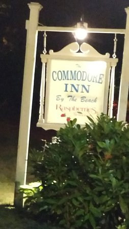 Commodore Inn Resort Resmi