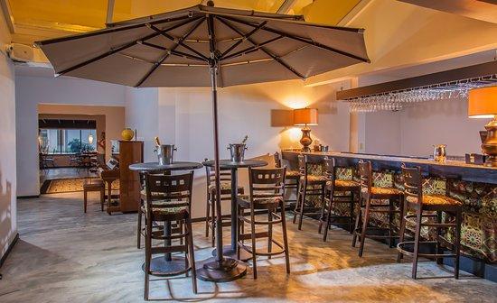 Casa Condado Hotel: Bar