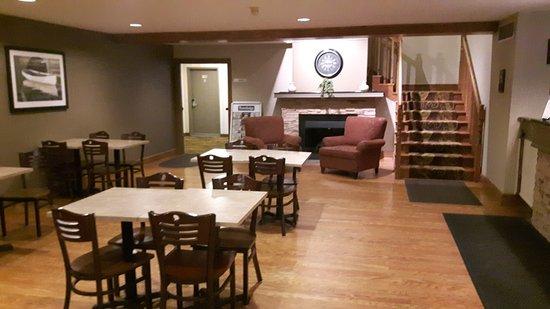 Снимок Travelodge Suites Halifax Dartmouth
