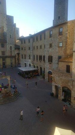 La Cisterna Hotel: 20160825_182551_large.jpg