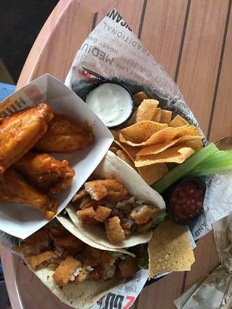Hurricane Grill & Wings: Grouper tacos and wings - nice combo