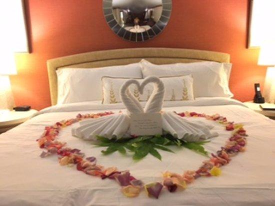 St. Regis Princeville Resort: Swan/Floral turn-down service for the newlyweds!