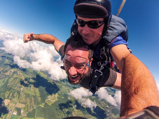 Weedsport, État de New York : Nothing compares to the freefall and my instructor, Kelly made me feel 100% confident