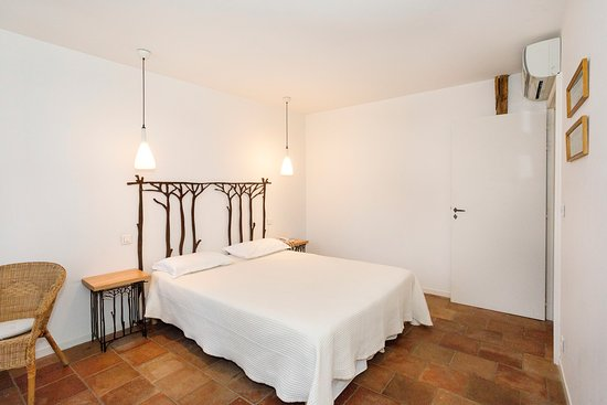Hotel Restaurant du Midi: Chambre