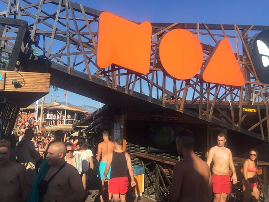Noa Beach Club