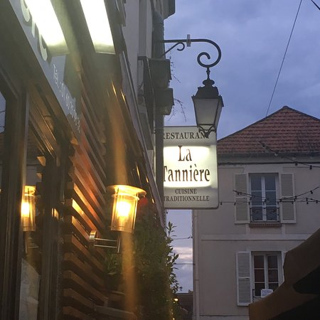 Rue piétonne, ambiance calme e...