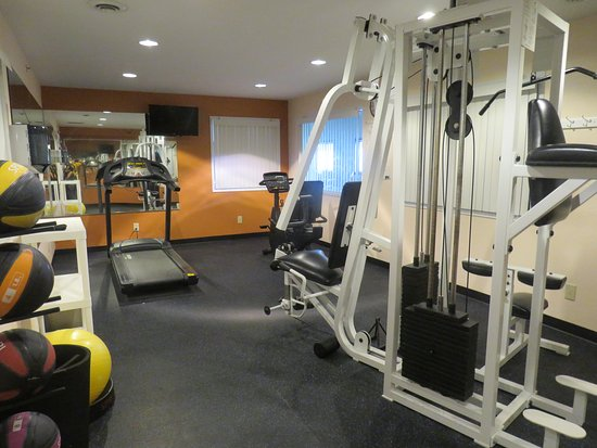 Hillsdale, MI: Fitness Room
