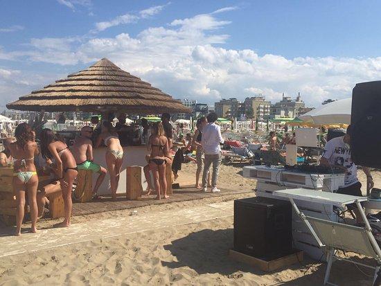 Bagno Pino Spiaggia N 44 Rimini It Lie Recenze