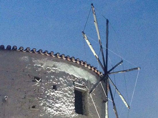 The Windmill Restaurant: photo0.jpg