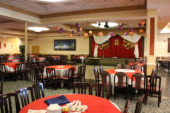 New Fortune Chinese Seafood Restaurant One Half Of Is Set Up With