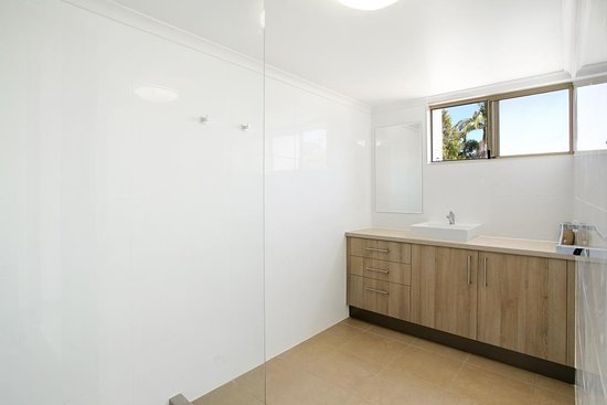 Coolum Beach, Australia: Bathroom