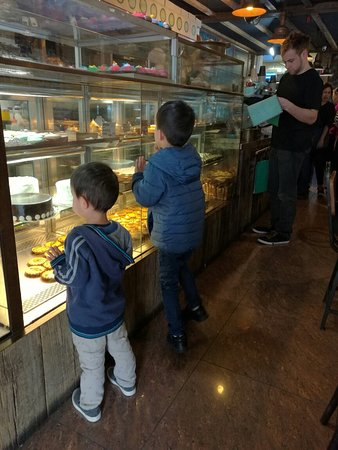 Lane Cove, Australia: Green Pottery Bakery