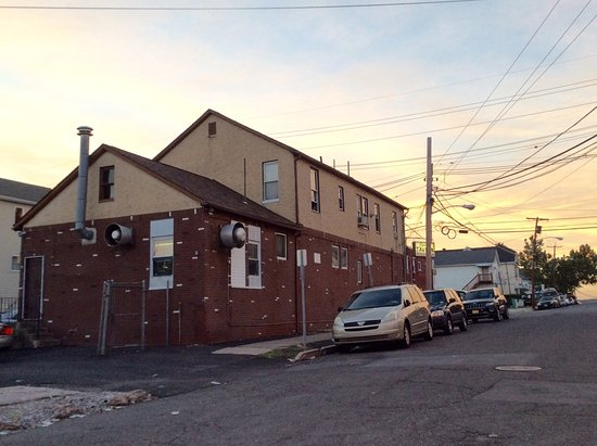 Paterson, NJ: Patsy's Tavern & Restaurant