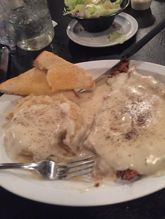 Waxahachie, Τέξας: Big portions ! Friendly staff! Family atmosphere ! Love it !