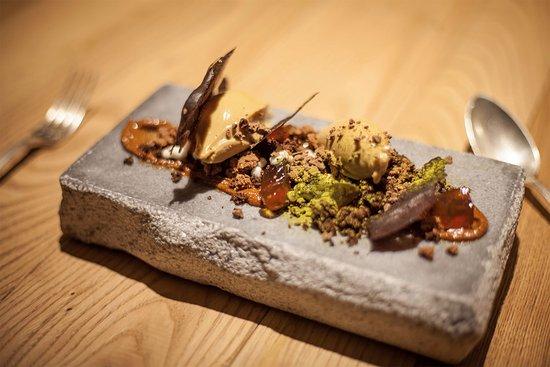 El Alquimista: cremoso de chocolate dulce con cacao y caramelo