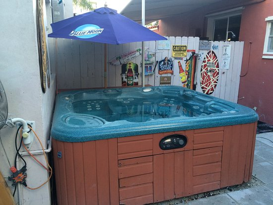 Hottub Picture Of Bikini Hostel Cafe Beer Garden Miami Beach Tripadvisor
