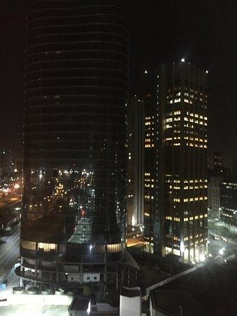 Sheraton Buenos Aires Hotel & Convention Center: Sheraton Buenos Aires muy bien el hotel y la vista desde mi habitación, piso 16