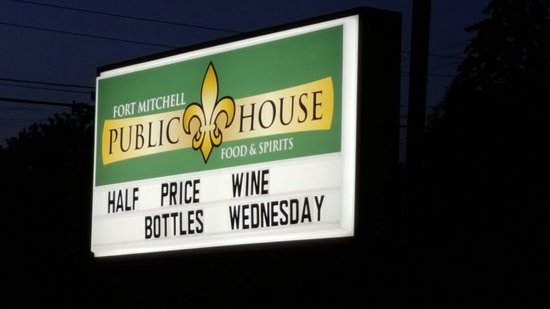 Fort Mitchell Public House