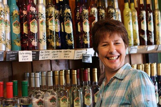 Tamborine Mountain Distillery: The Lovely Shop Assistant Rachel