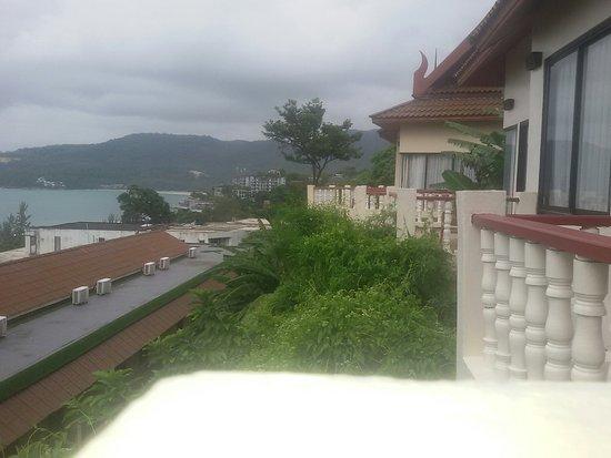 Aquamarine Resort & Villa: 20141108_050542_large.jpg