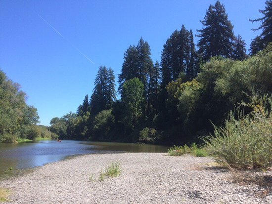 Burke's Canoe Trips on the Russian River