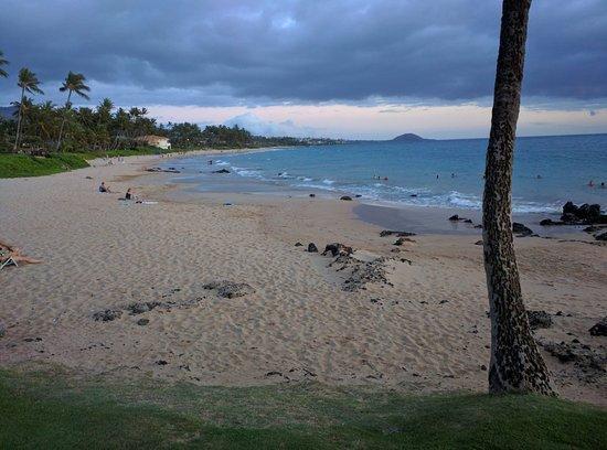 Days Inn Maui Oceanfront: IMG_20160809_190125_large.jpg