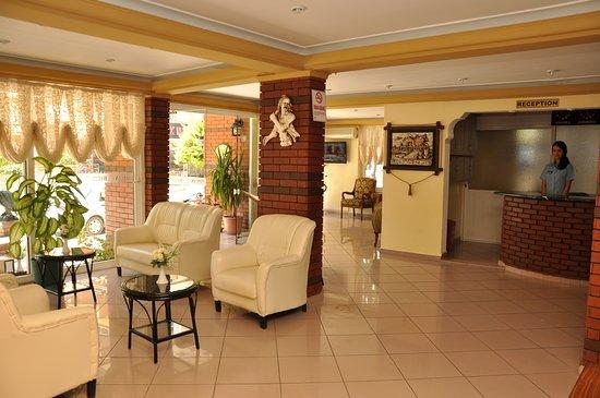 Ozcan Hotel: LOBBY