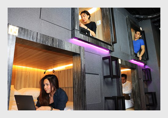 Queen Capsule Picture Of Cube Boutique Capsule Hotel Chinatown Singapore Tripadvisor