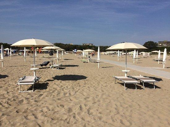 Bagno corallo beach 46 lido di spina qu saber antes de ir lo m s comentado por la gente - Bagno le piramidi lido di spina ...