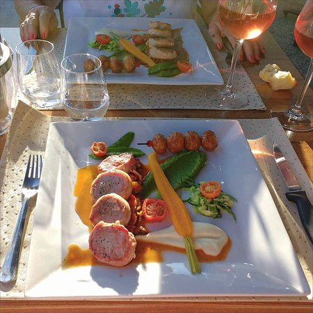 Saint-Seurin-de-Prats, France: Pork medallions wrapped in smoked bacon.