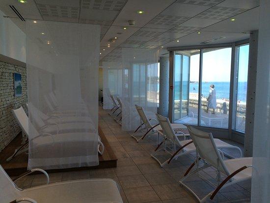 La salle de repos photo de sofitel biarritz le miramar for Salle repos
