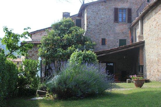 Lucolena, Włochy: farmhouses