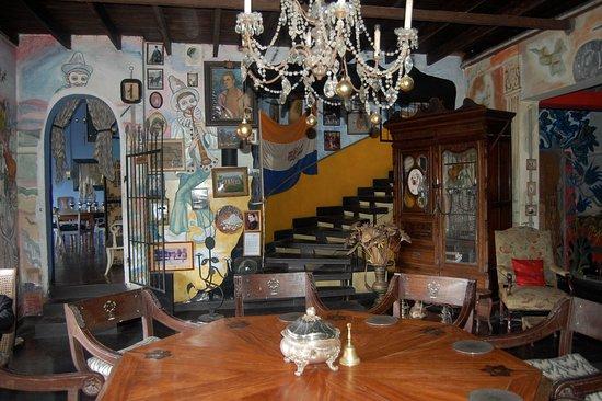 Helga's Folly: A view of Helga's dining room.