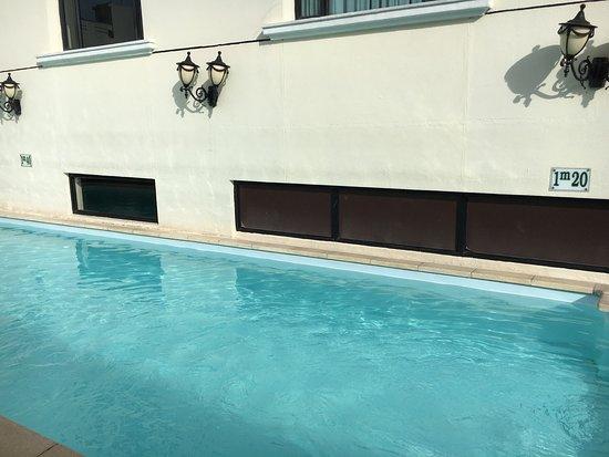 Pool - Saigon Prince Hotel Photo