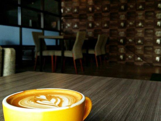 La Strada Cafe Permas
