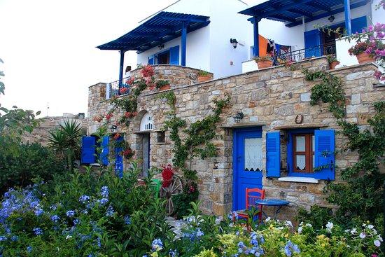 Naxos Filoxenia Apartments