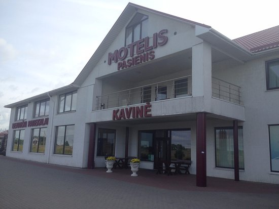 Pasvalieciai, Lithuania: Главный вход в мотель