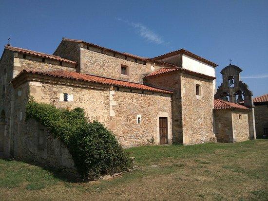 Pravia, Espagne: Iglesia de Santianes